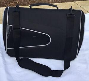 Cat/pet Travel Carrier Portable Bag/cage Shoulder/hand Held BNWOT