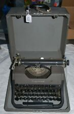 Vtg Working 1950s UNDERWOOD Leader 2-Tone Gray/Black Portable Typewriter & Case