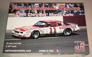 Darrell Waltrip Budweiser 1986 Chevrolet Monte Carlo stock car model kit Johnson