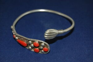 Silber-Armreif With Red Coral, Silver Tested, Very Good Condition