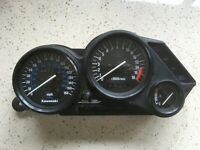 736 Kawasaki ZZR6 ZZR600D Speedo Tacho MPH Clocks Instruments Set UK 44700 Miles
