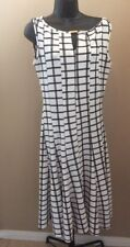 Stunning HAANI A Line Flare Dress Black & Ivory w/ Gold Accessory size M