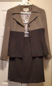 Kasper ASL Petite 2 Piece Suit 4 Button gray and black 6P