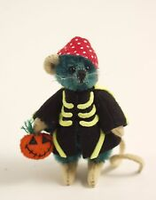 "DEB CANHAM'S ""SKELLINGTON"" GREEN MINI MOUSE IN BLACK SKELETON COAT-HALLOWEEN"