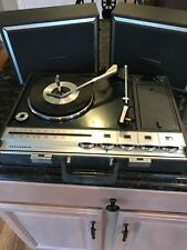 Vintage Panasonic Portable Battery Operated Record Player Model SG – 674