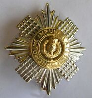 New 9ct Yellow & White Gold SCOTS GUARDS Sweetheart Brooch. Excellent quality.