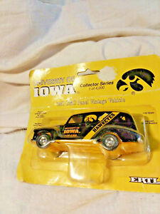 Univ.Of Iowa Hawkeye Bank-4Th Edition-1951 GMC Panel Van-In Org Bubble Pack-Ertl