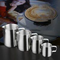 cuisine café latte café café la mousse de lait cruche. l'acier inoxydable