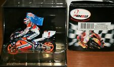 MICK DOOHAN ONYX REPSOL HONDA NSR500 1998 WITH RIDER FLAG AND CERTIFICATE  1:22