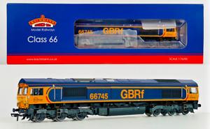 BACHMANN 00 GAUGE - 32-727X - CLASS 66 DIESEL 66745 GBRF MODERN RAILWAYS DCC
