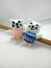 Hand knitted cute mini cat brooch choose your colour Yukiooki
