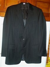 Beautiful Ermenegildo Zegna two button pin stripe suit>made in Italy-40 !
