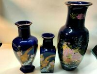 LOT 3 Beautiful blue Japanese vases Hand painted - See Photos and  Description