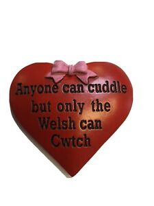 """""""....ONLY THE WELSH CAN CWTCH"""" heart shaped FRIDGE MAGNET   Wales  Cymru"""
