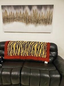 NWT $600 Gucci Feline Stripes Scarf Shawl 140cm Square Modal Silk Authentic