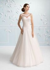 Tulle Boat Neck Cap Sleeve Wedding Dresses