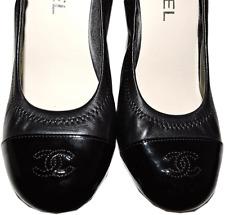 CHANEL CC Logo Cap toe Black Lambskin Stretch Back Classic Pump Heel Shoes 38.5
