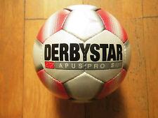 10 Derbystar Apus Pro S- Light  Fußbälle 290 Gramm