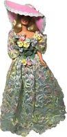1995 Mattel Enchanted Seasons Collection Spring Bouquet Barbie Mattel 12989