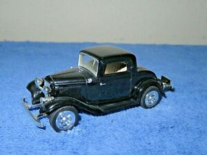 1932 FORD COUPE BLACK 1:43 SCALE MOTORMAX