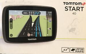 TomTom START 40 GPS NAVIGATOR BUNDLE W. CAR CHARGER & MOUNT