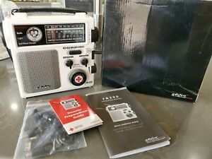 American Red Cross FR300 Emergency Radio by Eton - White NEW With Carrying Case
