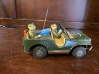 AWESOME  Army 54826 Command Jeep Friction Litho Tin Toy , Japan  10075