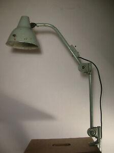 grosse Hala Gelenkarmlampe Schreibtischlampe Bauhaus