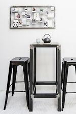 Table haute industrielle mange-debout en acier brut