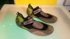 Sperry top sider water shoes mens size 6 decent condition