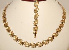 X & O Necklace & Bracelet Set For Ladies in gold color
