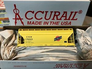Accurail 2201 C&NW Chicago & North Western 2-Bay ACF Covered Hopper #175023 New!