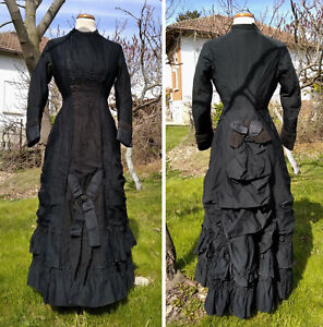 Abito antico da lutto 1880 Madame Howe Birmingham antique mourning bustle gown