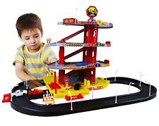 CHILDS PLAY GARAGE 4 LEVELS WITH ROAD BRAND NEW BOXED GREAT VALUE