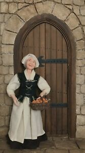 12th scale Artisan Tudor Old lady Servant by Rycote miniatures.