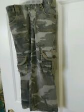 Bongo Girls long Pants Size 4 Camouflage Cargo Pants Casual School Very Hip NWOT