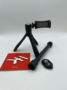 "IK Multimedia iKlip Grip ""Selfie"" Extendable Stick/Tripod-Stand - IP-IKLIP-GRIP"