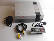 Nintendo NES mit Controller und Kabel #1