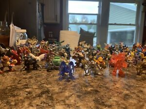 105 Pieces Huge Vintage Digimon Digital Monsters Mini Figure Lot Bandai