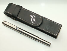 PARKER 25 FOUNTAIN PEN. BRUSHED STEEL/CT + FAUX LEATHER CASE.