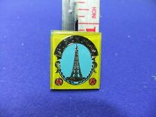 vtg badge blackpool tower souvenir tourist tourism keepsake advertising 1970s