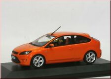 Ford Focus ST 2008 3-türig 3-door electric orange met. Minichamps 1:43 dealer