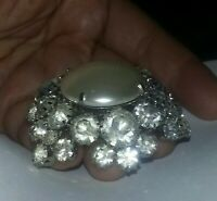 Unsigned Vintage LARGE rhinestone pearl Pin Brooch Raised Dome Star High Quality