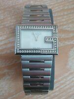 Gucci YA100 (100 series) G-Rectangle Ladies 54 diamond mother of pearl watch