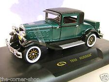 SIGNATURE MODELS 1/32 1930 HUDSON OPENING BONNET DOORS & DICKIE SEAT GREEN/BLACK