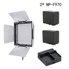 YongNuo YN-600 3200-5500k 600 LED Video Light Lamp Bi-Color + 2x NP-F970