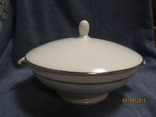 Rosenthal Continental White Platinum Band Ring Porcelain Covered Casserole Aida