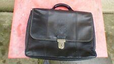cartable Longchamp en cuir noir modèle rare porté main