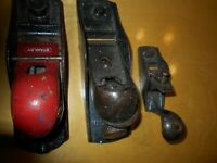 COLLECTIBLE VINTAGE USEFUL WOOD PLANES USED BY CARPENTERS/SHIPWRIGHTS AND OTHERS