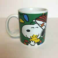 Snoopy Peanuts Galerie Merry Christmas Lights Coffee Mug Charlie Brown Tree